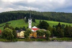 在Lipno湖,捷克共和国的Frymburk。 免版税库存图片