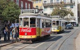 在lissabon的著名电车 免版税库存照片