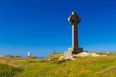在Llanddwyn海岛, Anglesey上的凯尔特十字架 免版税库存照片