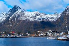 在Lofoten海岛上的镇Svolvaer 库存照片