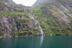 在Lofoten/Vesteralen,挪威的壮观的Trollfjorden 免版税库存图片