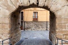 在Logrono墙壁, Alava,西班牙的门 免版税库存图片