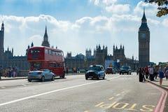 在Londons街道上的日常生活 免版税库存照片