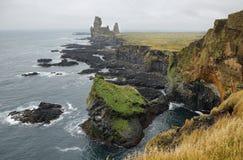 在Londrangar的两种主要玄武岩形成 免版税库存图片