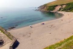 在Looe康沃尔郡英国,英国附近的Portwrinkle海滩 免版税图库摄影