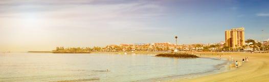 在Los Cristianos,特内里费岛,西班牙的Playa de Las Vistas海滩 库存图片