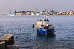 在Losinj,克罗地亚海岛上的造船厂,管理Losinjska 免版税图库摄影