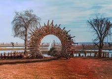 在Love湖迪拜的木圈子 免版税图库摄影