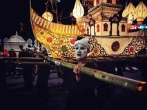 在Loy Kra皮带节日的游行 免版税库存图片