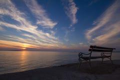 在Lun的日落在海岛Pag,克罗地亚上 免版税图库摄影