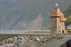 在Lynmouth港口,德文郡的塔 免版税图库摄影
