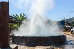 在Mae Chedi的Mae Khachan温泉 免版税图库摄影