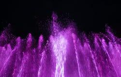 在Maidan Nezalezhnosti的光和音乐喷泉在基辅 免版税库存图片