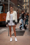 在Marco De温琴佐修造在米兰妇女的时尚星期的时装表演之外塑造2014年 库存图片