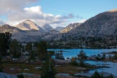 在Marie湖的日落约翰・缪尔足迹的 库存图片