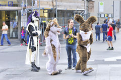 在Marienplatz的有趣的小组 图库摄影
