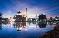 在Masjid的不可思议的日出作为Salam,蒲种 库存图片