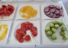 在Masseria Torre Coccaro手段的可口早餐自助餐果子 免版税库存照片