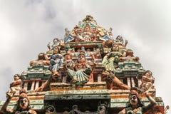在Matale,斯里兰卡的皇家寺庙屋顶装饰 免版税库存照片