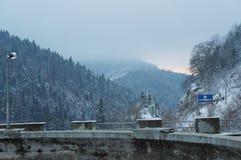 在Mavrovo湖, Mavrovo国家公园,马其顿共和国的水坝 库存照片