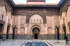 在medersa本优素福里面在马拉喀什,摩洛哥 图库摄影