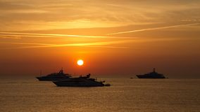 在Mediterranian海的日出在安地比斯,法国 库存图片