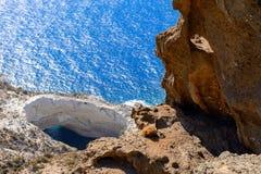 在Melos海岛,希腊的Sykia洞 库存图片
