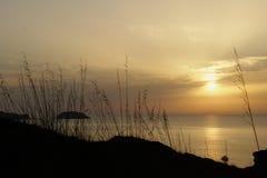 在Menorca海岸的日落  免版税库存图片