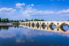 在Meric河的Meric桥梁在爱迪尔内市土耳其 免版税图库摄影