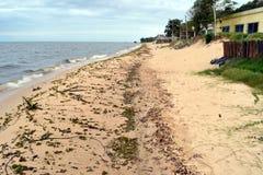 在Merin盐水湖的海滩 免版税库存照片
