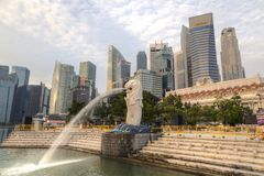 在Merlion公园的日出在新加坡 免版税库存照片