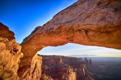 在Mesa曲拱的日出,冬天 免版税库存照片