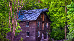 在Millbrook村庄,特拉华峡谷国民Recre的老磨房 免版税库存图片