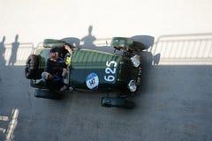 1947年在Mille Miglia的Healey邓肯寄生虫 免版税库存照片