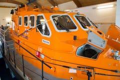 在Moelfre, Anglesey的救生艇 库存照片