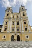 在Mondsee,奥地利的圣迈克尔大教堂 库存图片