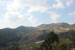 在MonMuan Chiangmai的蓝天 免版税库存图片
