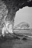 在Monsul的地中海石海岸线在阿尔梅里雅,西班牙 免版税库存图片