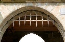 在Mont圣米歇尔修道院的门 图库摄影