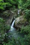 在montain的瀑布 库存图片
