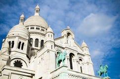 在Montmartre,巴黎的Sacre Coeur 免版税库存图片