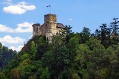 在mountians的老城堡 城堡在Niedzica波兰 免版税图库摄影