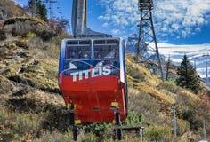 在Mt的缆车 铁力士峰 免版税库存照片