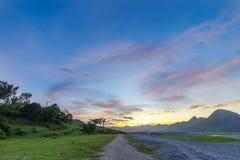 在Mt的美好的日落 pinatubo 库存图片