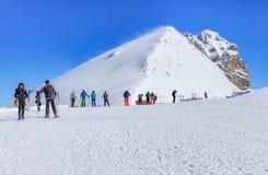 在Mt.瑞吉峰上面的看法 铁力士峰在瑞士 免版税库存照片