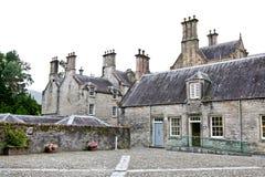 在Muckross议院,基拉尼,爱尔兰的后门 免版税图库摄影