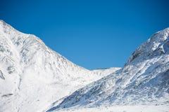 在Murodo的斯诺伊山 库存图片