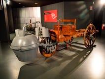 在Museo dell'Automobile的Nazionale的Cugnot的1770 fardier à vapeur 库存图片