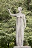 在Muzeon公园,铝雕刻第一只燕子 雕刻家Yu MikÄ nas 免版税库存图片