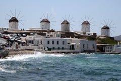 在Mykonos海岛的风车在希腊 免版税库存图片